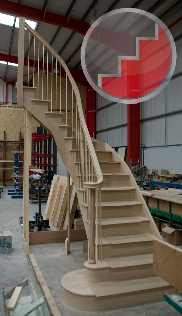 Wreathed oak cut string staircase