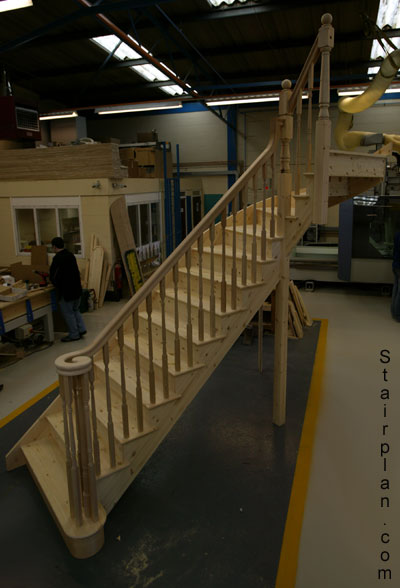 PineCut String Staircase