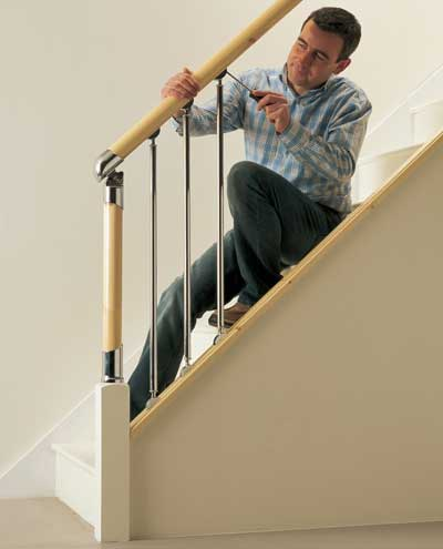 Setting the handrail height correctly can make your life easy