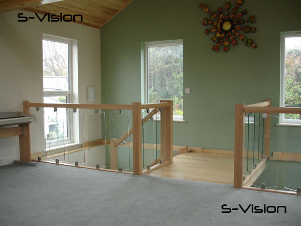 S-Vision landing handrail fittings